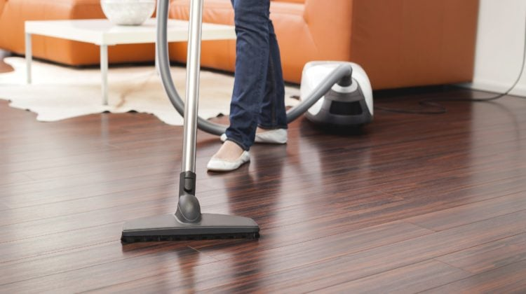 Best Vacuum For Hardwood And Tile Floors – Top 5 Reviews 2020