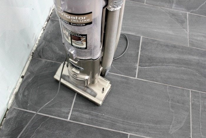 How to Clean Porcelain Tile Floors Without Streaks - 4 Ways ...