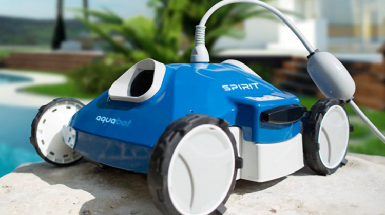 Best Above Ground Pool Robotic Cleaner 2019 Reviews & Buying Guide