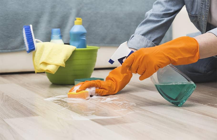 Is Lysol cleaner safe for vinyl floors?