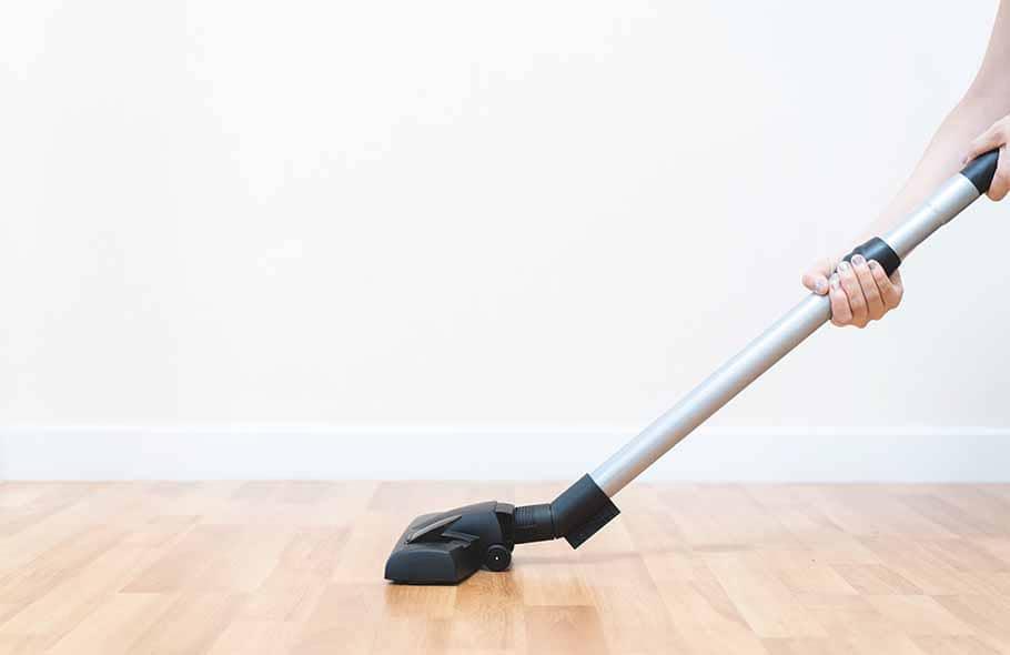 Benefits of Using Hardwood Floor Cleaning Machine