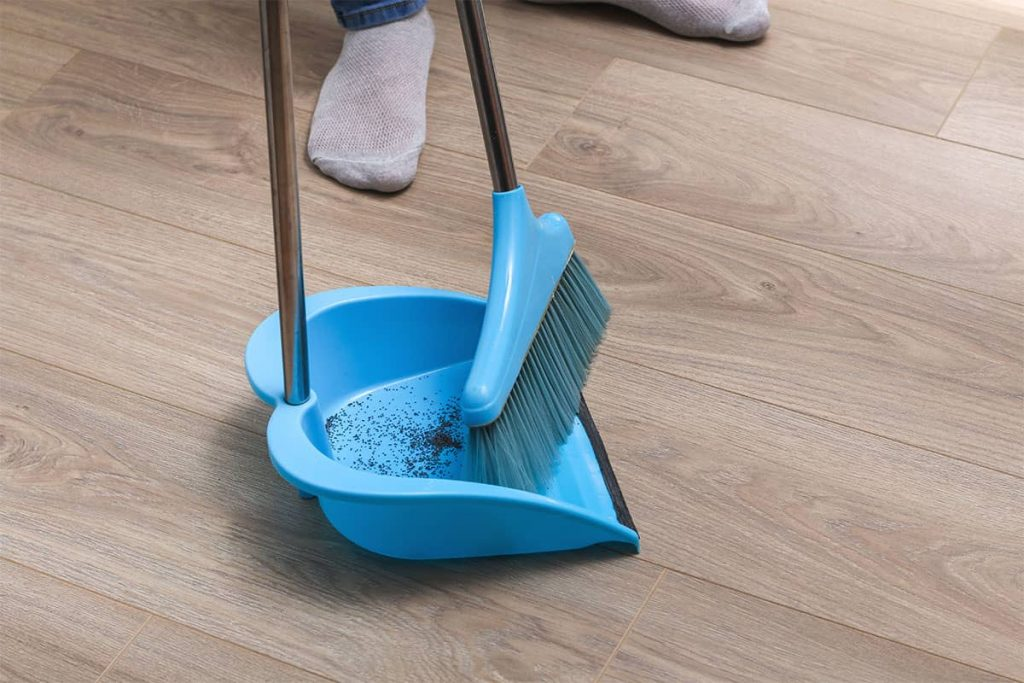 How to Clean Unfinished Hardwood Floor